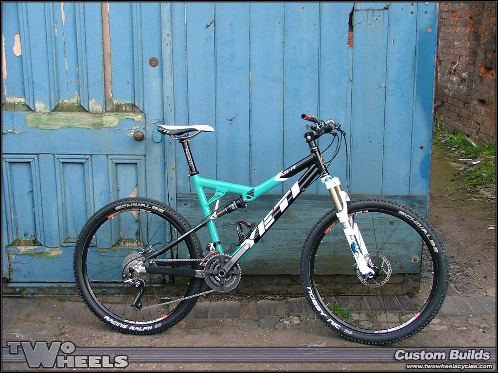 Two Wheels Cycles - Custom Builds - Yeti